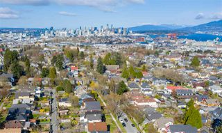 "Photo 9: 2142 NAPIER Street in Vancouver: Grandview Woodland House for sale in ""Grandview Woodland"" (Vancouver East)  : MLS®# R2450268"