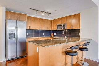 Photo 7: 3203 10152 104 Street in Edmonton: Zone 12 Condo for sale : MLS®# E4196556