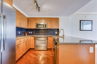 Photo 11: 3203 10152 104 Street in Edmonton: Zone 12 Condo for sale : MLS®# E4196556