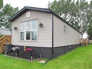 Photo 3: 17 Homestead Way: High River Mobile for sale : MLS®# C4306020