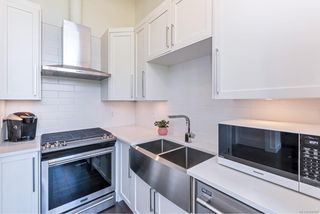 Photo 8: 304 2049 Country Club Way in : La Bear Mountain Condo for sale (Langford)  : MLS®# 850107