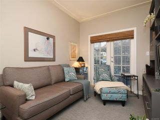 Photo 19: 1065 Redfern St in : Vi Fairfield East House for sale (Victoria)  : MLS®# 861808