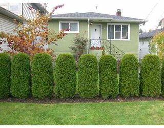 Main Photo: 1695 MACGOWAN AV in North Vancouver: Pemberton NV House for sale : MLS®# V560698