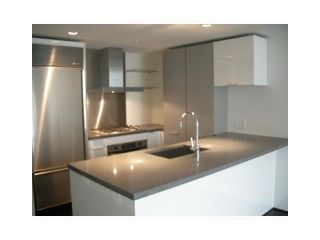 "Photo 2: 788 Richards in Vancouver: Downtown Condo for sale in ""L'HERMITAGE"" (Vancouver West)  : MLS®# V838200"