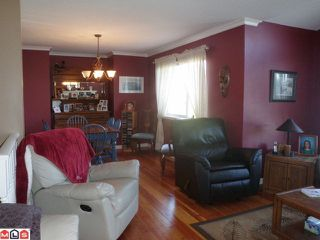 Photo 3: 7969 166B ST in Surrey: Fleetwood Tynehead House for sale : MLS®# F1021956