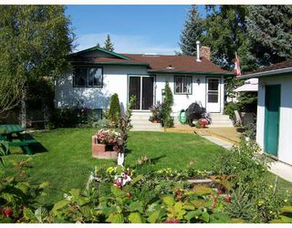 Photo 10:  in : Pineridge Residential Detached Single Family for sale (Calgary)  : MLS®# C3279736
