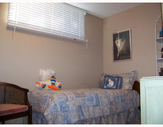 Photo 8:  in : Pineridge Residential Detached Single Family for sale (Calgary)  : MLS®# C3279736