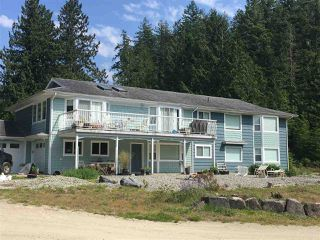 Main Photo: 13065 WITTET Road in Madeira Park: Pender Harbour Egmont House for sale (Sunshine Coast)  : MLS®# R2387905