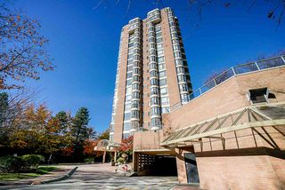 "Photo 1: 1103 5967 WILSON Avenue in Burnaby: Metrotown Condo for sale in ""PLACE MERIDIAN"" (Burnaby South)  : MLS®# R2416441"