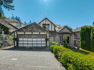 Photo 2: 1726 ORKNEY Place in North Vancouver: Home for sale : MLS®# V1127933