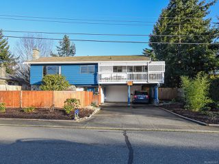 Photo 3: 638 Woodland Dr in COMOX: CV Comox (Town of) House for sale (Comox Valley)  : MLS®# 832419