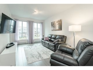 Photo 2: 306 15138 34 Avenue in Surrey: Morgan Creek Condo for sale (South Surrey White Rock)  : MLS®# R2437767
