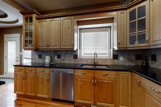 Photo 4: 13504 162 Avenue in Edmonton: Zone 27 House for sale : MLS®# E4194484