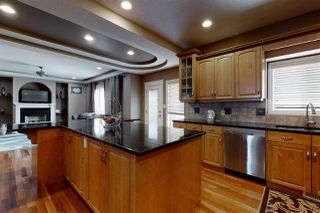 Photo 3: 13504 162 Avenue in Edmonton: Zone 27 House for sale : MLS®# E4194484