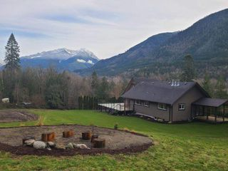 Photo 24: 48213 AUCHENWAY Road in Chilliwack: Chilliwack River Valley House for sale (Sardis)  : MLS®# R2524256