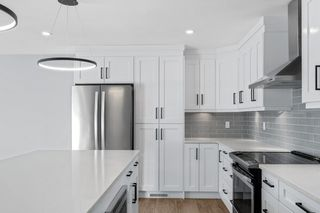 Photo 7: 552 WAHSTAO Road in Edmonton: Zone 22 House for sale : MLS®# E4224947