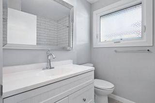 Photo 19: 552 WAHSTAO Road in Edmonton: Zone 22 House for sale : MLS®# E4224947