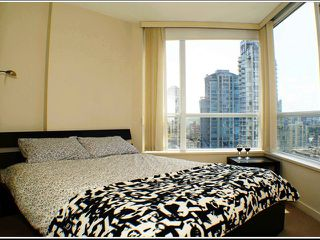 "Photo 6: # 1507 1212 HOWE ST in Vancouver: Downtown VW Condo for sale in ""1212 HOWE"" (Vancouver West)  : MLS®# V894254"