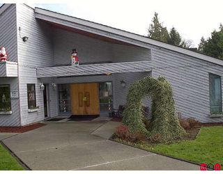 """Photo 4: 56 7790 KING GEORGE Highway in Surrey: East Newton Manufactured Home for sale in """"Crispen Bays"""" : MLS®# F2730084"""