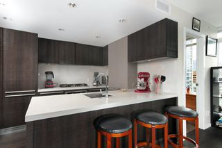 Photo 6: 2005 1351 CONTINENTAL Street in Vancouver: Downtown VW Condo for sale (Vancouver West)  : MLS®# R2419308