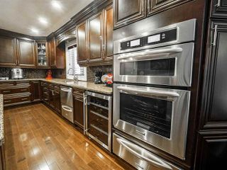 Photo 6: 1716 BEARSPAW Drive E in Edmonton: Zone 16 House for sale : MLS®# E4182661