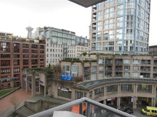 """Photo 4: 805 188 KEEFER Place in Vancouver: Downtown VW Condo for sale in """"ESPANA"""" (Vancouver West)  : MLS®# R2425497"""
