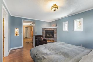 Photo 17: 52 RIVERBIRCH Road SE in Calgary: Riverbend Detached for sale : MLS®# A1017203