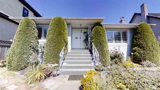 Photo 1: 749 W 63RD Avenue in Vancouver: Marpole House for sale (Vancouver West)  : MLS®# R2483452