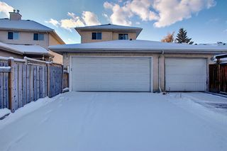 Photo 30: 100 Chaparral Ridge Circle SE in Calgary: Chaparral Semi Detached for sale : MLS®# A1044875