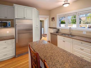 Photo 7: 1564 Monterey Ave in : OB North Oak Bay House for sale (Oak Bay)  : MLS®# 859441
