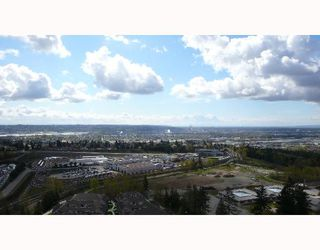 "Photo 1: 2102 6888 STATION HILL Drive in Burnaby: South Slope Condo for sale in ""SAVOY CARLTON"" (Burnaby South)  : MLS®# V641385"