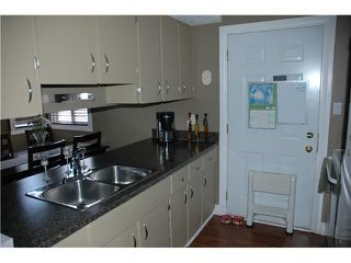 Photo 5: 165 LANCASTER TC in EDMONTON: Zone 27 Carriage for sale (Edmonton)  : MLS®# E3228462