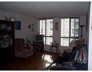 """Photo 2: 504 828 AGNES ST in New Westminster: Downtown NW Condo for sale in """"WESTMINSTER TOWERS"""" : MLS®# V575528"""