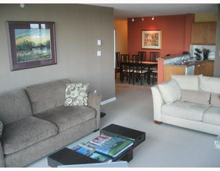 "Photo 3: 1703 4398 BUCHANAN Street in Burnaby: Central BN Condo for sale in ""BUCHANAN EAST"" (Burnaby North)  : MLS®# V659432"