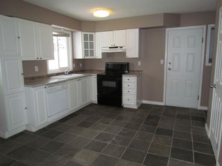 Photo 2: 2303 BEVAN CR in ABBOTSFORD: Central Abbotsford House for rent (Abbotsford)