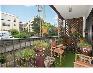 "Photo 6: 204 1585 E 4TH Avenue in Vancouver: Grandview VE Condo for sale in ""ALPINE PLACE"" (Vancouver East)  : MLS®# V667288"