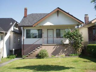 Photo 1: 2411 Franklin Street in Vancouver: Hastings House for sale (Vancouver East)  : MLS®# v123456