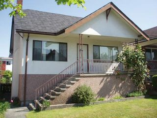 Photo 2: 2411 Franklin Street in Vancouver: Hastings House for sale (Vancouver East)  : MLS®# v123456