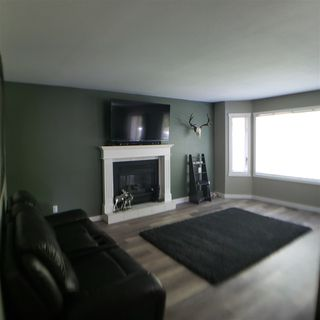 Photo 2: 3066 KILLARNEY Drive in Prince George: Hart Highlands House for sale (PG City North (Zone 73))  : MLS®# R2390396