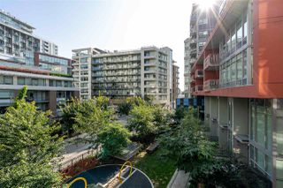 "Photo 14: 302 111 E 1ST Avenue in Vancouver: Mount Pleasant VE Condo for sale in ""Block 100"" (Vancouver East)  : MLS®# R2396257"
