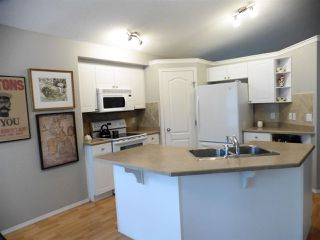 Photo 5: 2352 TAYLOR Close NW in Edmonton: Zone 14 House for sale : MLS®# E4178816