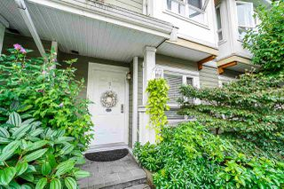 "Main Photo: 9 915 TOBRUCK Avenue in North Vancouver: Mosquito Creek Townhouse for sale in ""CLEARWATER"" : MLS®# R2435624"