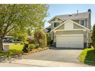 Photo 2: 21990 46 Avenue in Langley: Murrayville House for sale : MLS®# R2455047