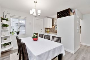 Photo 4: 11 3384 COAST MERIDIAN ROAD in Port Coquitlam: Lincoln Park PQ Townhouse for sale : MLS®# R2442625