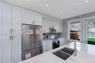 Photo 5: 7026 Brailsford Pl in Sooke: Sk Sooke Vill Core Half Duplex for sale : MLS®# 843837