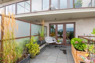 "Photo 19: 301 2035 W 4TH Avenue in Vancouver: Kitsilano Condo for sale in ""THE VERMEER"" (Vancouver West)  : MLS®# R2493393"
