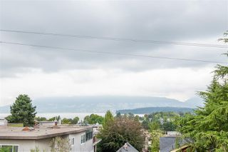 "Photo 24: 301 2035 W 4TH Avenue in Vancouver: Kitsilano Condo for sale in ""THE VERMEER"" (Vancouver West)  : MLS®# R2493393"