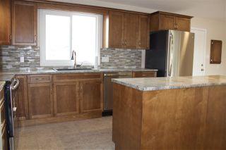 Photo 3: 104 Oak Drive: Wetaskiwin House for sale : MLS®# E4215248