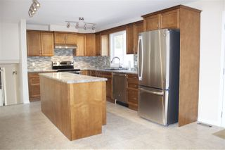 Photo 2: 104 Oak Drive: Wetaskiwin House for sale : MLS®# E4215248