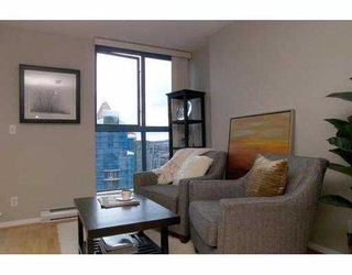 """Photo 2: 2107 1238 SEYMOUR Street in Vancouver: Downtown VW Condo for sale in """"THE SPACE"""" (Vancouver West)  : MLS®# V636575"""